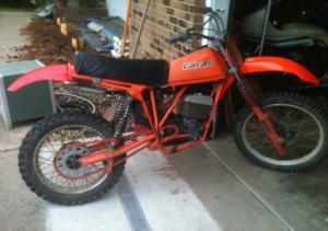 2 stroke, two stroke, old motorcycle